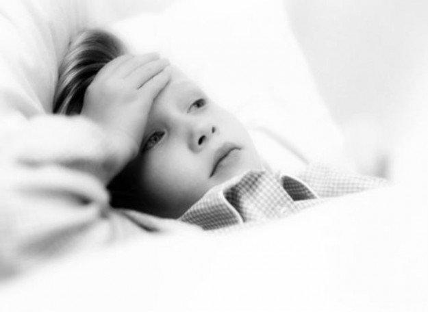 Травмированный ребёнок в постели