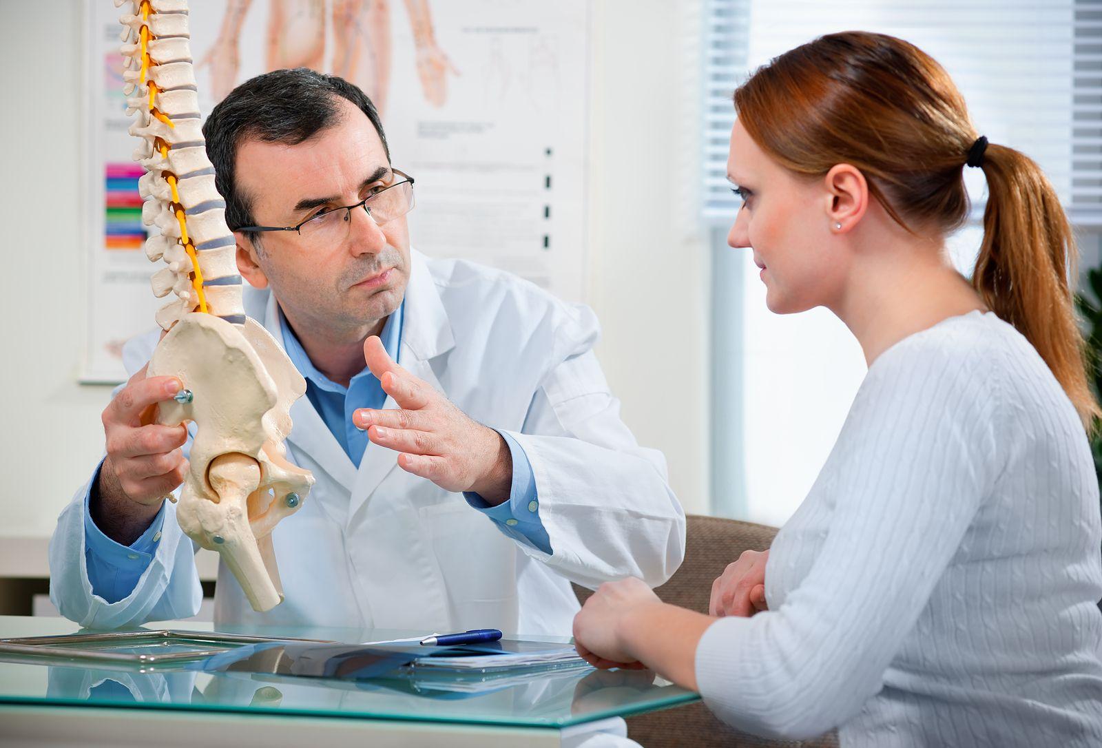 Компрессионный перелом позвоночника: симптомы и диагностика