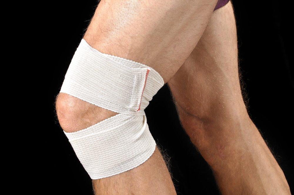 Разрыв мениска коленного сустава: причины, симптомы, реабилитация