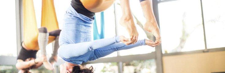 Когда полезна йога для спины