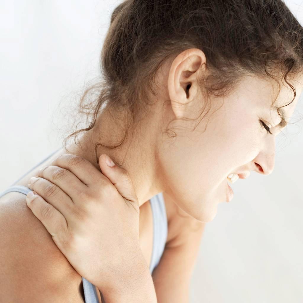 Боли в шейном отделе позвоночника: лечение, причины, диагностика