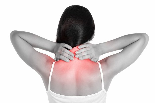 Участки тела, в которые отдает боль при цервикобрахиалгии
