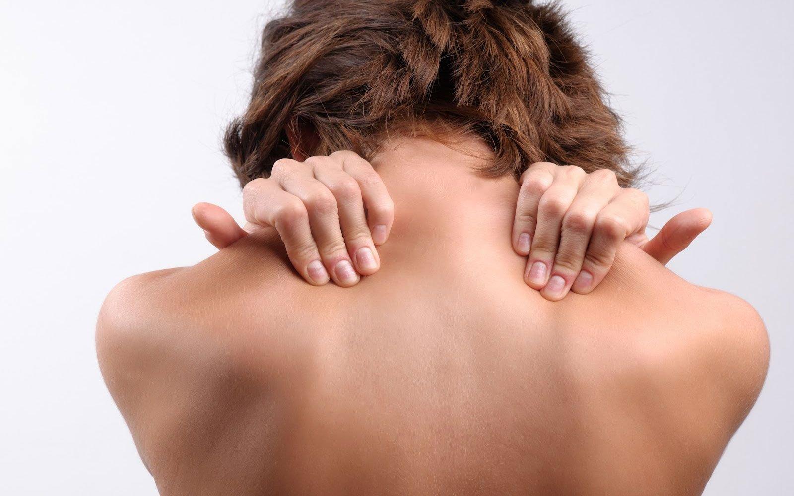 Болит шея