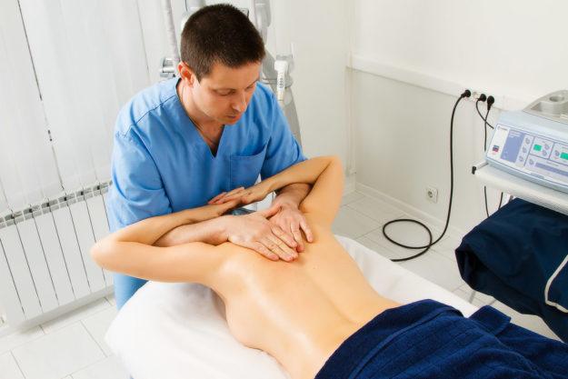 мануальная терапия позвоночника лечение