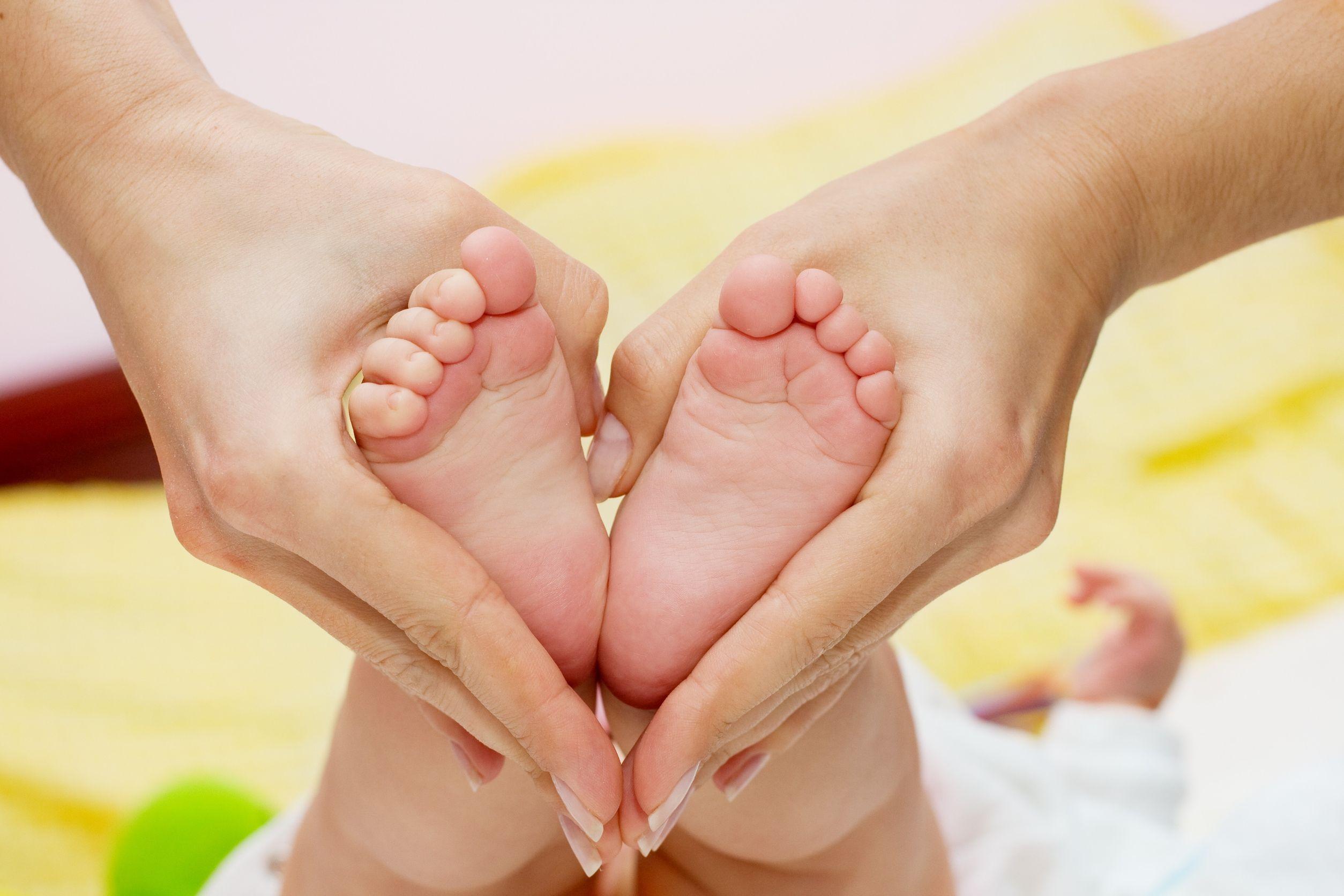 Как сделать массаж ножек ребенку стопы