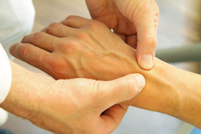 Лучезапястный сустав массаж лфк межфаланговых суставов кистей