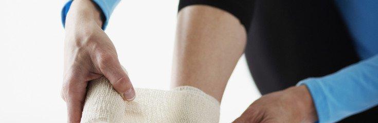 Как оказать первую помощь при вывихе сустава, профилактика вывихов суставов