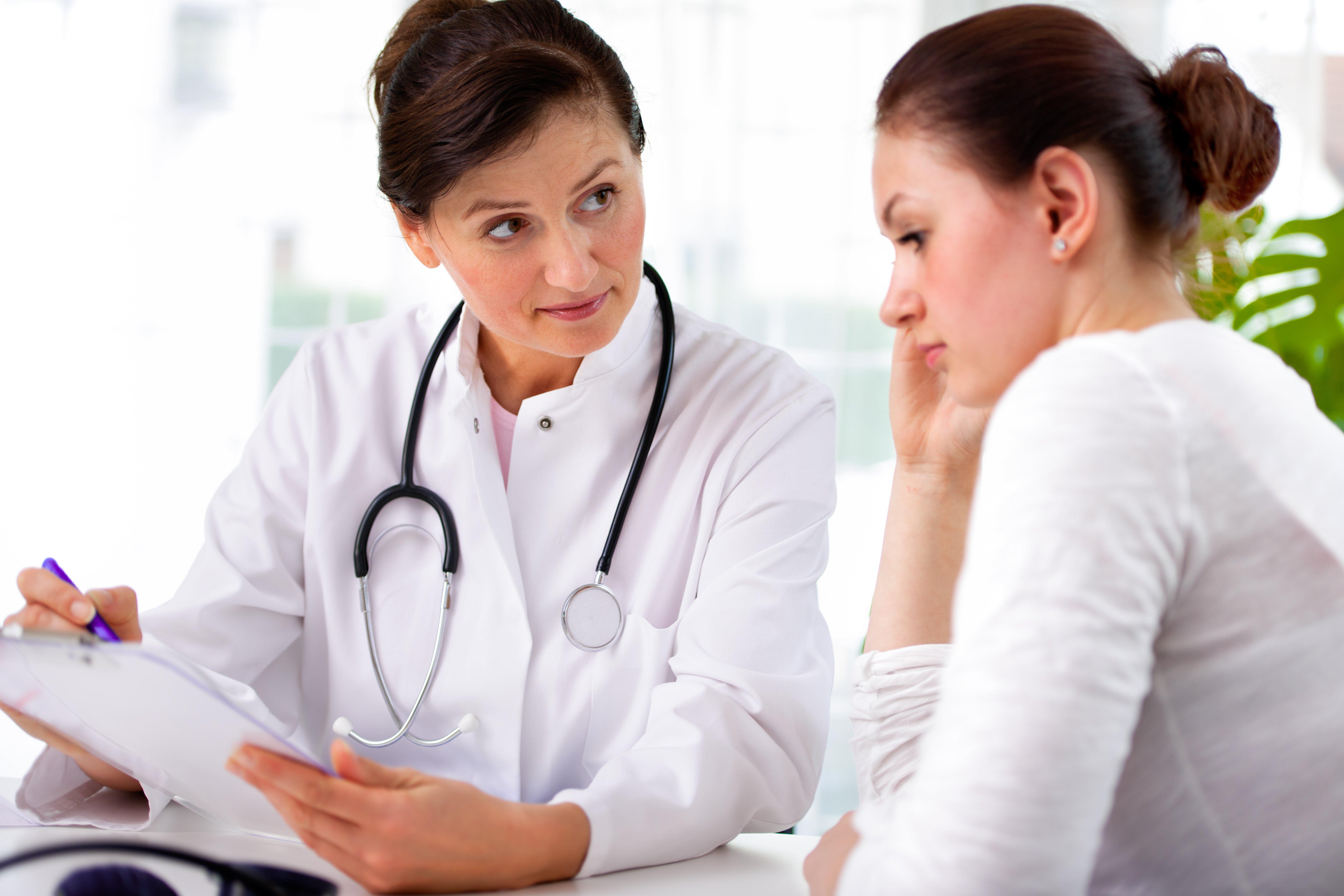 Болезнь Бехтерева у женщин— различия симптомов